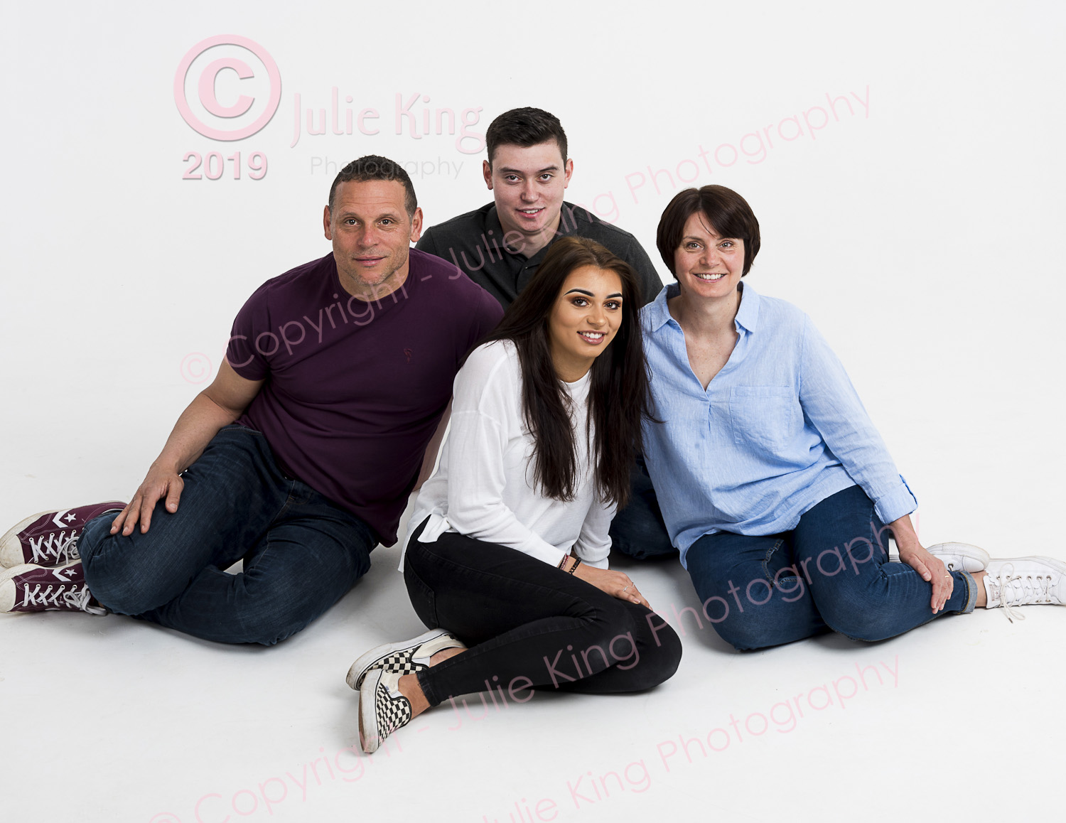 Large family group portraits Kidderminster